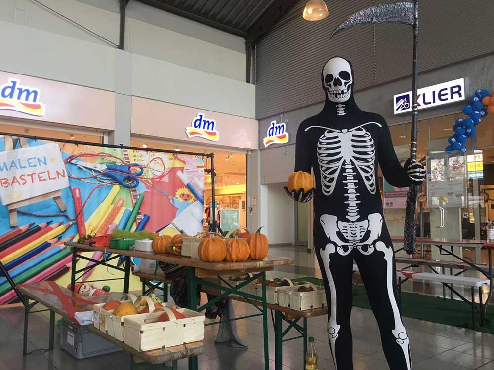 Morphsuit_Skelett_Aktion_1
